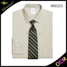 el diseño de última moda ajuste apretado de manga larga camisa moderna para hombres de negocios