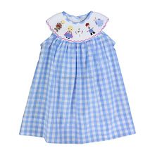 latest fashion Embroidered sleeveless girls boutique dresses , children wholesale smocked dress