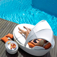 Outdoor luxury quality wicker rattan daybed with canopy