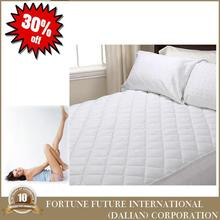 Professional mattress protector quilt with low price