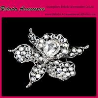 Factory wholesale rhinestone Flower brooches for wedding gifts, Cystal metal brooch with rhinetone RLD2257RB