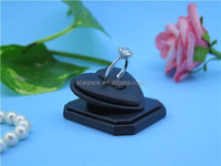Heart Sweet Design Jewelry Display Packaging Hand-Made Wedding Gift Ring Stand With PU Leather Wholesales S772R