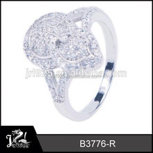Hot Display Jewelry Shop band pigeon ring