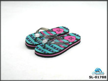 Fashion designed new flash kid's flip flops for Japan market