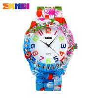 Christmas gift New 2015 latest new produntion cheap price small order quantity Japan quartz movement waterproof fashion watch