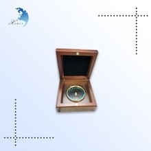 Hot sale unique design velvet inserts small wooden gift box for compass