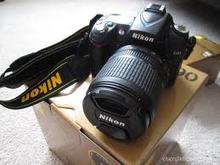 Nikon D90 Digital SLR Two Lens Kit with AF-S DX NIKKOR 18-105mm f 3.5-5.6G ED VR Lens