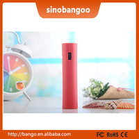5V 1A Red Elegant Gifts Power banks 2600mAh for Smart Phones / Tablets / USB Chargeable Devices with Night Emergency Light