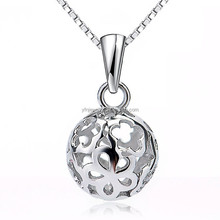 925 Sterling Silver Pendant Ball Floral Pattern matte with Box Chain Necklace