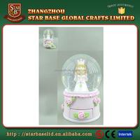Custom gift resin pink romantic nice wedding favor water globes