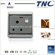 Diseño del interruptor 15A suizo y el zócalo