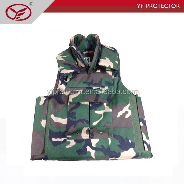 vest green.jpg