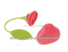 hot sell strawberry design silicone tea infuser