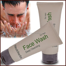 Herbal Ingredients For Cleaning Deeply and Whitening Men's Cleansing Milk
