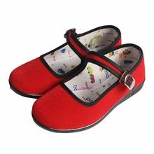 Zapatos bordados tradicionales chinos de la fábrica