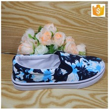 Ladies beautiful summer flat shoes