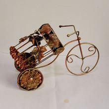 Private custom wine rack creative European wine rack wine shelf shell car ornaments metal crafts