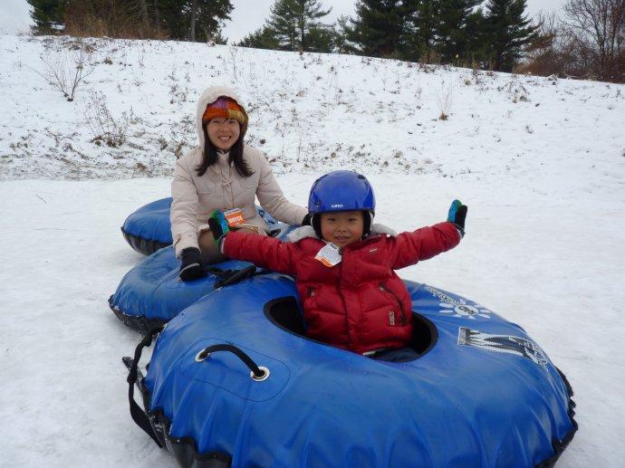 Frio resistente pvc de esportes de inverno de neve inflável tubo plástico trenó de neve
