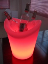 Waterproof pe ice bucket light/recharging/Eco-friendly/colorful/attractive