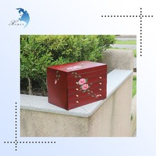 Custom design lacquer painted wood jewelry packaging box for Christmas special gift