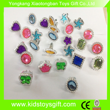 Shaped gem stone rings/kids plastic ring toys/diamond ring toy