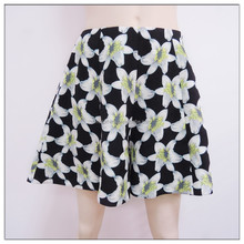 hot fashion woman's floral printed shorts, woman's hot shorts, OEM service
