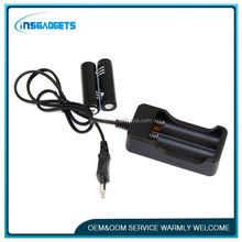 Max power battery charger ,H0T032 18650 universal li-ion battery charger for sale
