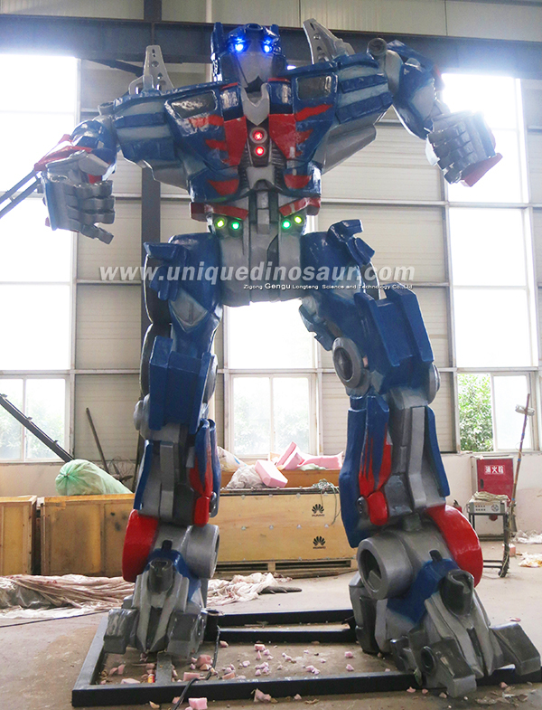 Life Size Mechanical Toy Transformers - 484.2KB