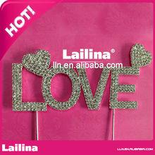 """""""amore"""" lettera strass torta topper per il giorno di san valentino e di nozze Memorial Day"""