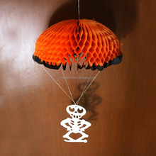 China manufacturer made hanging paper pom poms in paper crafts