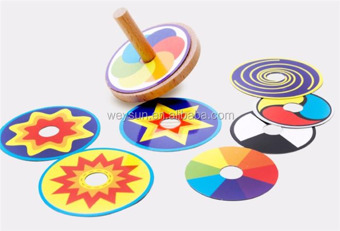 Très En bois Jouet Drôle Coloré Beyblade Jouet Toupie avec 8 Dessin  CD02