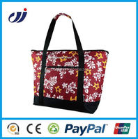 Folding low price hot sale cooler bag with built in speakers