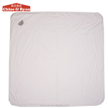 100% cotton weave and polyester 6~9 months newborn white baby patchwork quilt