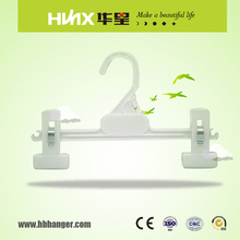 HBK023 White Clips Plastic Pants Hangers With Pads