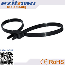 A large number of wholesale PA66 plastic ties handcuff