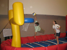 inflatable bouncer jumping basketball hoop