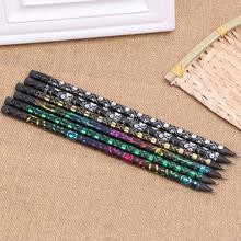 Preto de madeira com lápis HB pintura de transferência e preto mais fáceis