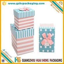 Papel black & red caixa de perfume no dobradiça / presentes