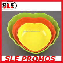 promotion FDA heart-shaped candy durable biodegradable print decal plastic melamine plate dish for kid