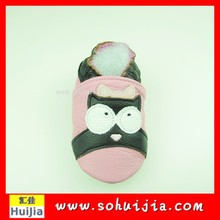 Wholesale customized pink and black owl soft flat embroidered kids shoes pictures with baby