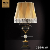 Famous Brand Baroque Satin Gold 2 Lights Offwhite Hotel Lobby Lampshade Bronze Glass wood Crystal lamp shades for table lamps