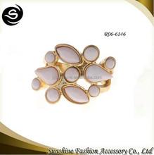 Acrylic Stone Gold Napkin Ring Large Woman Decoration Ring
