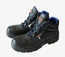 Black emboss leather basic shoes boot for oil field