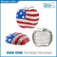 High quality beautiful apple design with diamond punch out iron material silver color epoxy coating lapel pin with safety pin