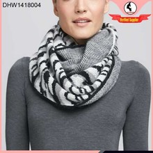 Hot seling new style knitting patterns scarves