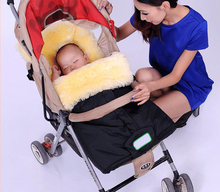 Pele de carneiro do bebê inverno saco de dormir / footmuff para venda