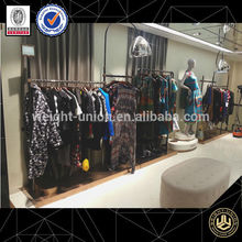 tienda de ropa interior de diseño creativo para tienda de ropa