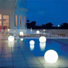 rechargeable PE material remote 20cm 30cm 40cm 50cm glitter basketball led water ball
