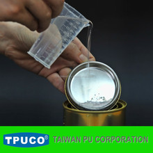 Good bonding to TPU film and textile spraying solvent base PU adhesive