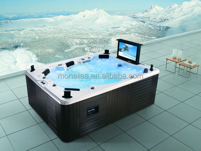 outdoor spa/M-3342 hot tub